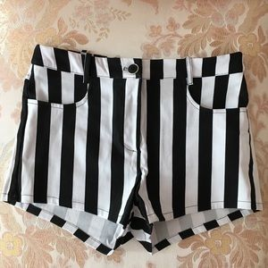 Pants - Black and white stripped shorts